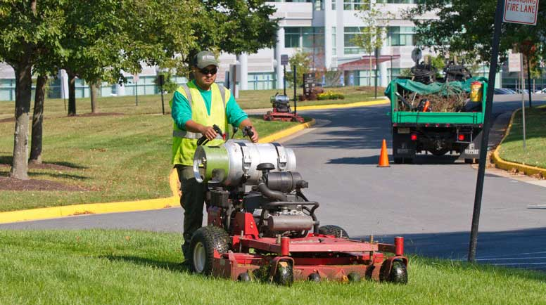 - Landscape Equipment Reduces Noise And Carbon Footprints
