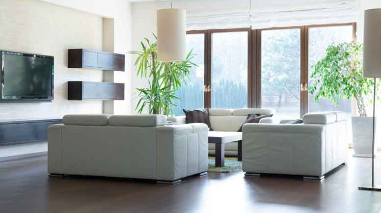 Spacious-living-room-000064364499_Large.jpg