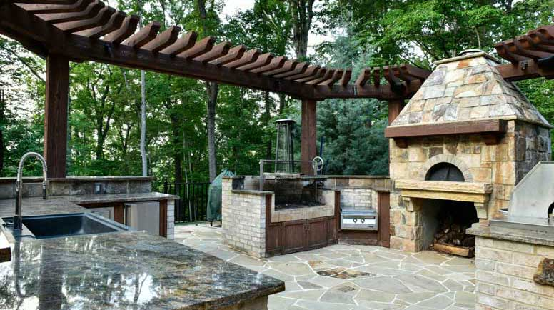 Loaded Outdoor Kitchen